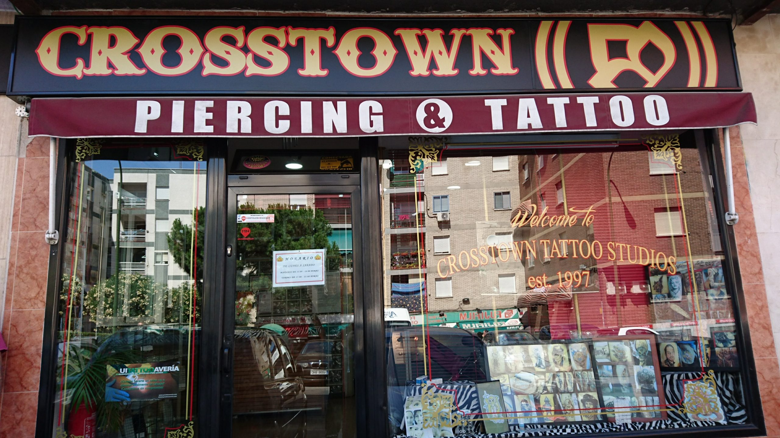 Reportaje y entrevista en tendencias de actualidad a Crosstown, tu estudio de tatuajes y piercings en Móstoles