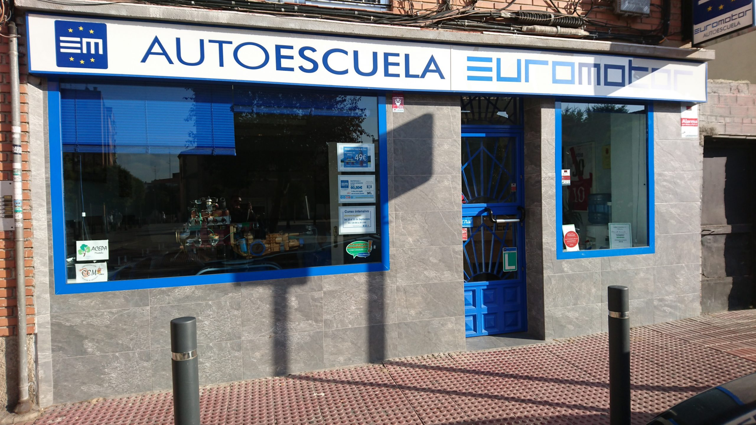 Reportaje y entrevista a Autoescuela Euromotor en Móstoles