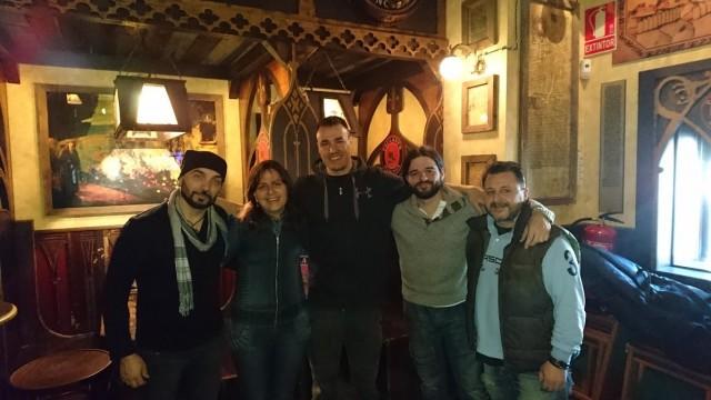 Entrevista a Toni Lozano y el grupo La Tienda del Tiempo con motivo del lanzamiento de su primer disco La Tienda del Tiempo.