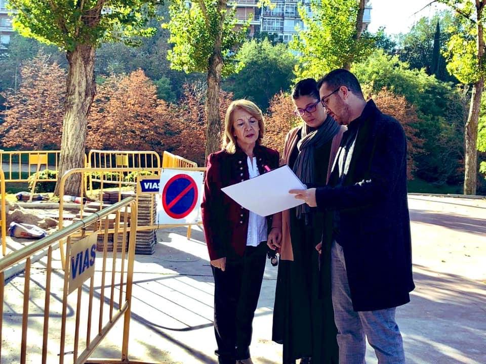 El Ayuntamiento prosigue la mejora de las calles con la renovación del pavimento en un tramo de la Avenida Alcalde de Móstoles