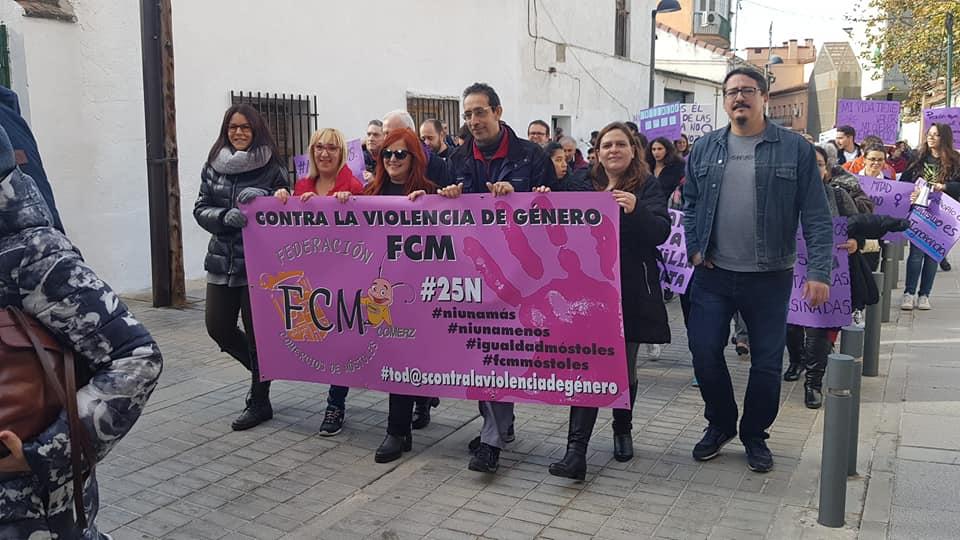 Móstoles marcha en repulsa a la Violencia Machista