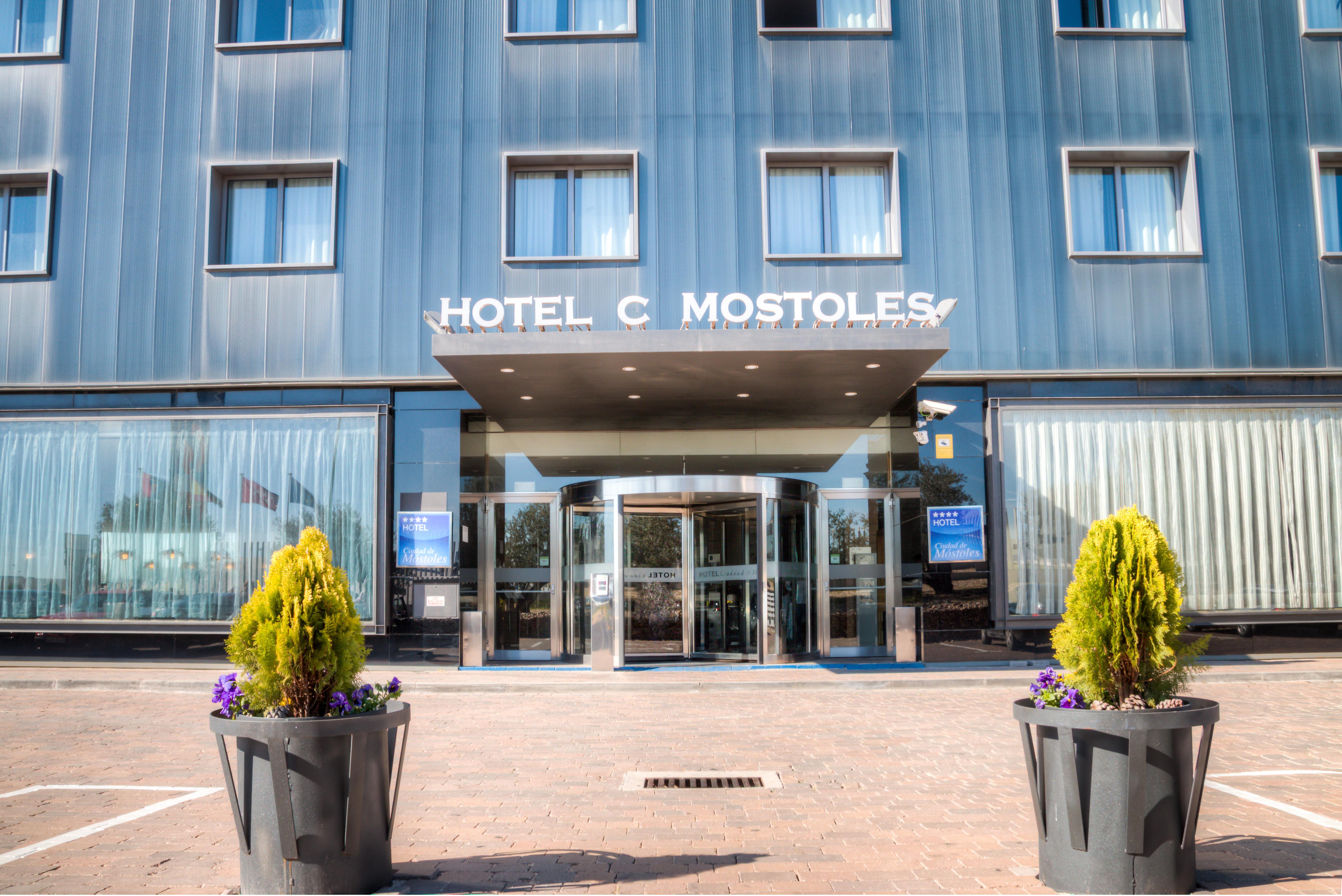 Entrevista y Reportaje al Director del Hotel Ciudad de Móstoles