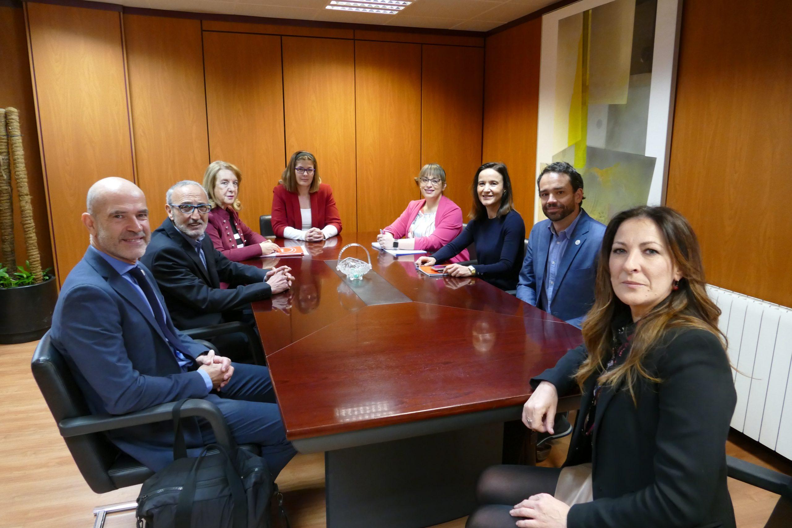 Móstoles y Cruz Roja refuerzan la colaboración para atender a los más desfavorecidos del municipio