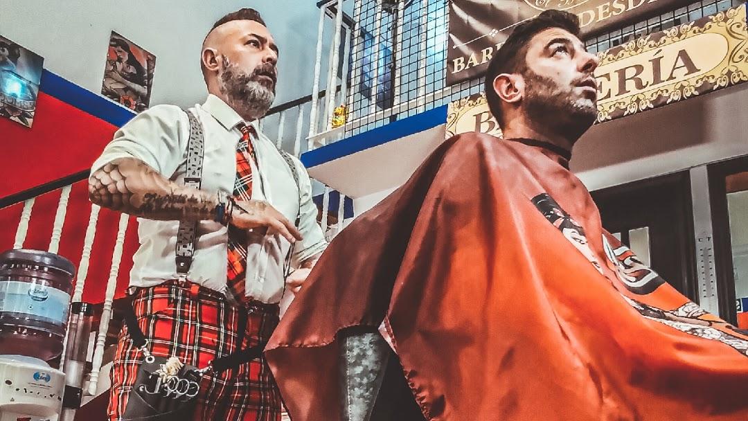 Barbería El Bulldog tu barbería tradicional en Móstoles