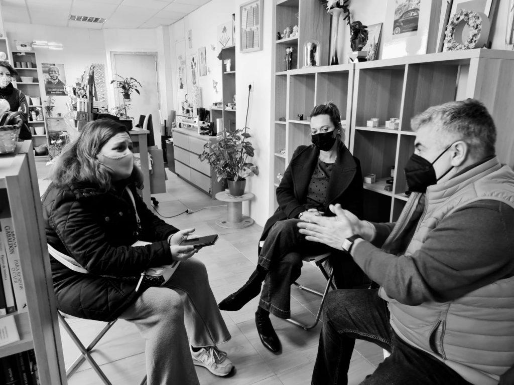 Entrevista al equipo de Ciudadanos Móstoles en Des-Hojas Flores y Libros